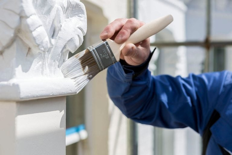 Exterior painting and decorating services