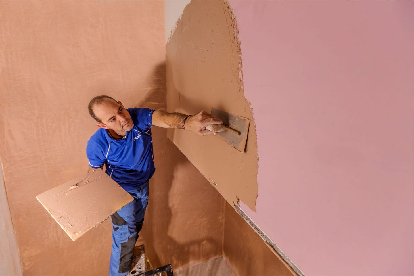 Plastering company in London